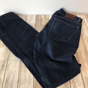Earnest Sewn mid rise bootcut size 28